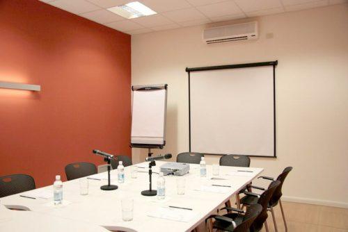 sale riunioni attrezzate